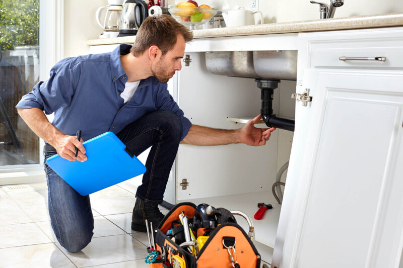 Local Handyman Services: Choosing the Right One for You